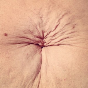 motherhood, belly button, stretchmarks,
